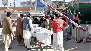 Injured Christians from suicide bomb attack in Pakistan being taken to hospital in Ambulances on 17-December 2017