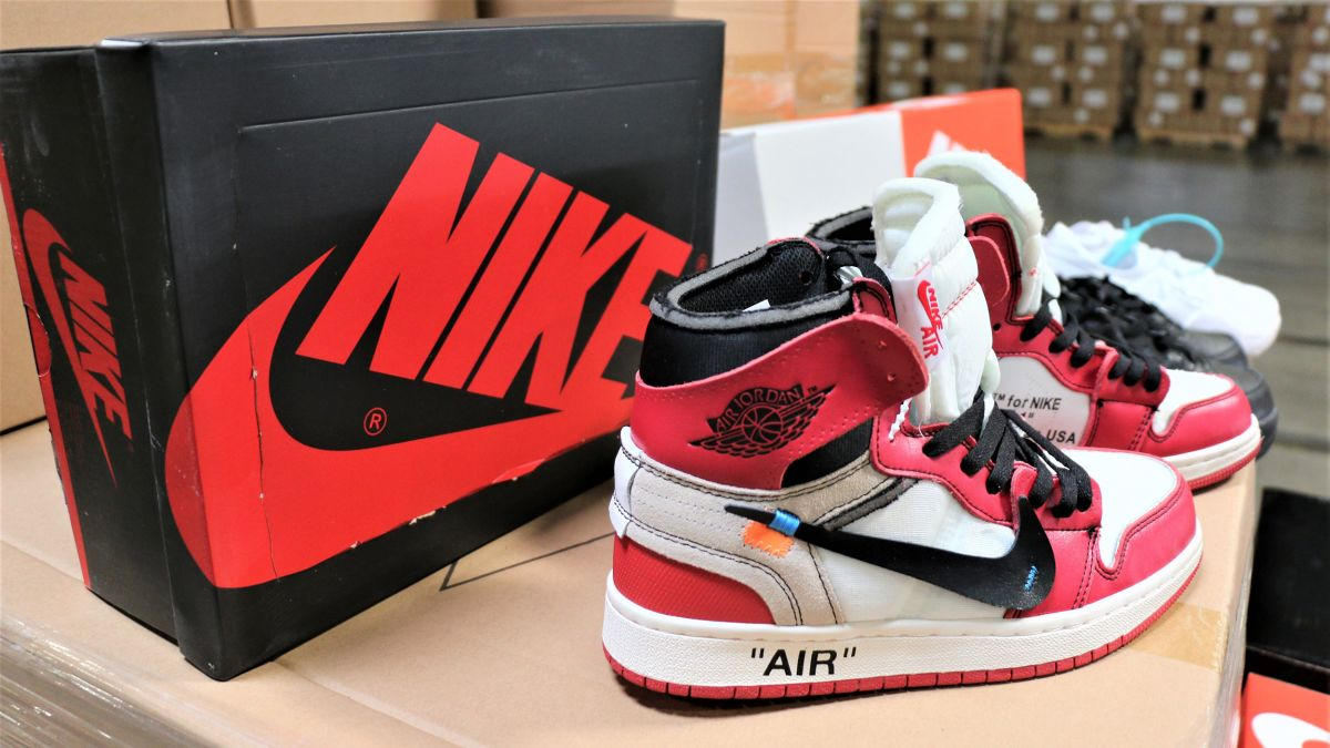Everything Fake is Made in China: Counterfeit Sneakers of Nike coming from China, seized by CBP