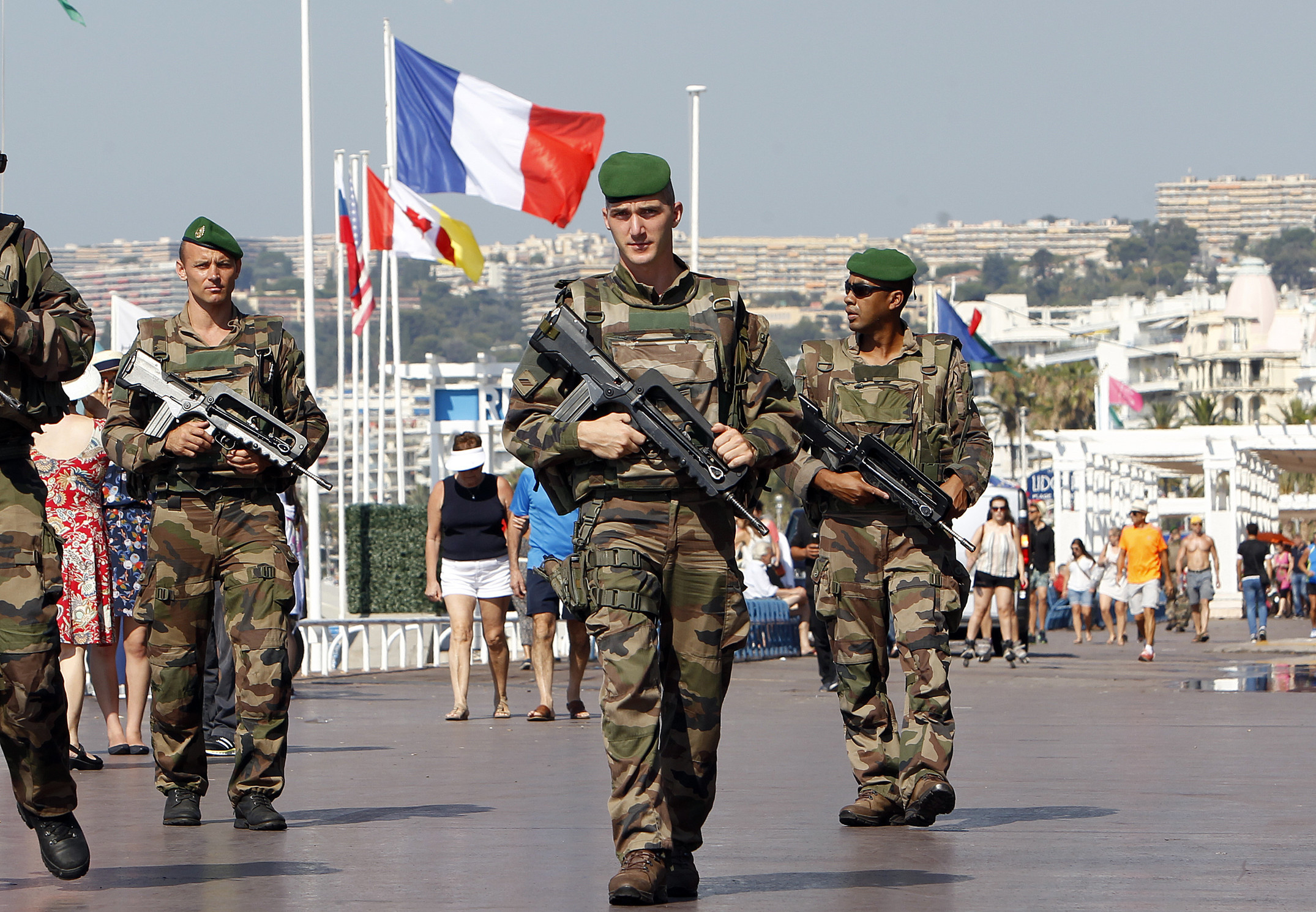 France Fights Radical Terrorism : Another Beheading in France while Rogue Malaysia Ex-President Mahathir Mohamad Calls upon Muslims to Punish French