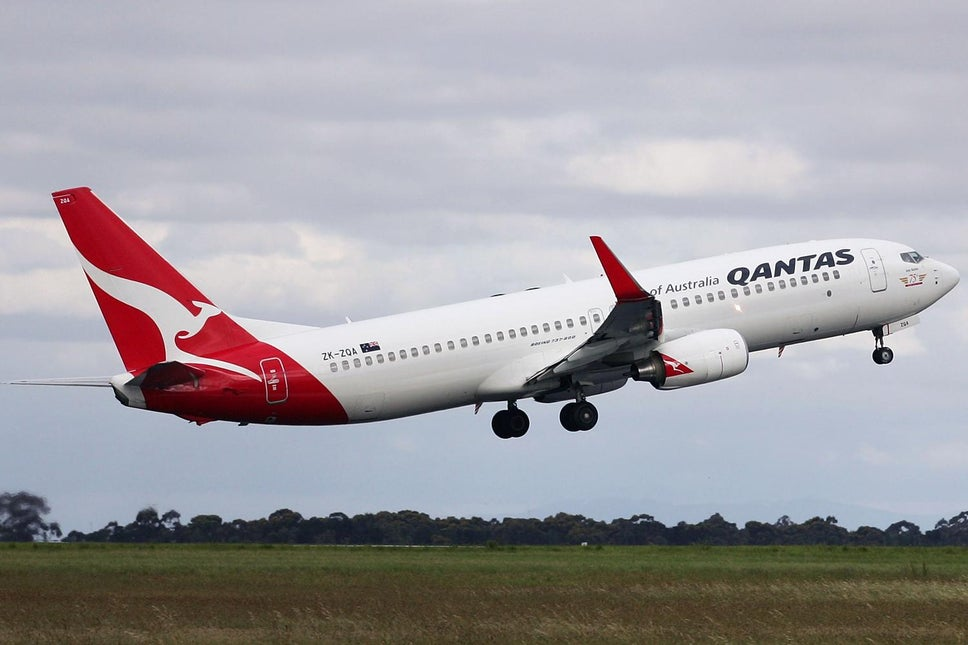 Qantas Airways Says COVID Vaccination Will be Mandatory For Travel