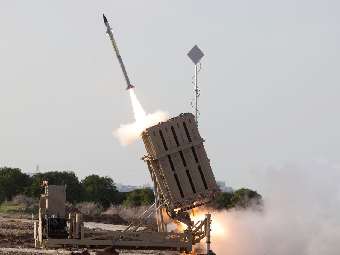 Hamas Terrorists fired over 160 rockets towards Jerusalem and southern Israel as IDF strikes back - Iron Dome in Action | NewsComWorld.com