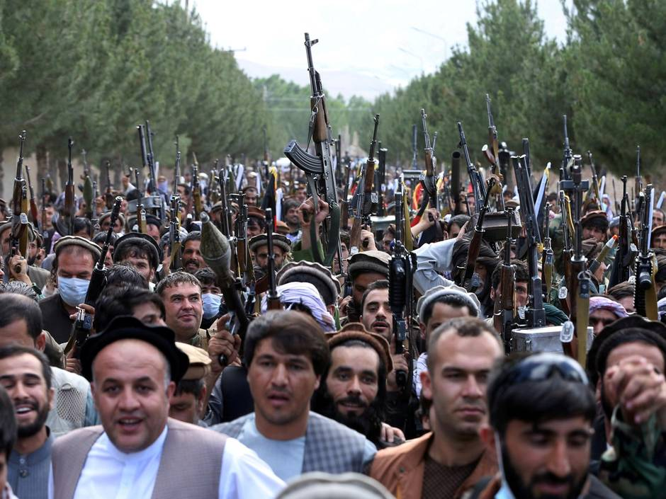 War between Afghan Security Forces and Pakistan Army's Taliban units enters critical phase - People are coming out on streets in support of Afghan Security forces and are ready to fight for their freedom from Pakistan Army's Taliban Unit.